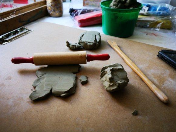 Exploration art-thérapeutique de l'argile